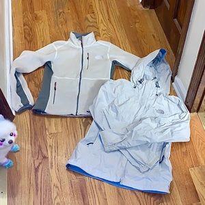 2 The North Face ivory jackets Fleece M Rain S